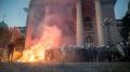 РТ: Друга ноћ нереда у Србији док се власт и опозиција међусобно оптужују за протесте због нових мера ограничења